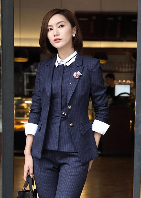 汉阳女式西服款式